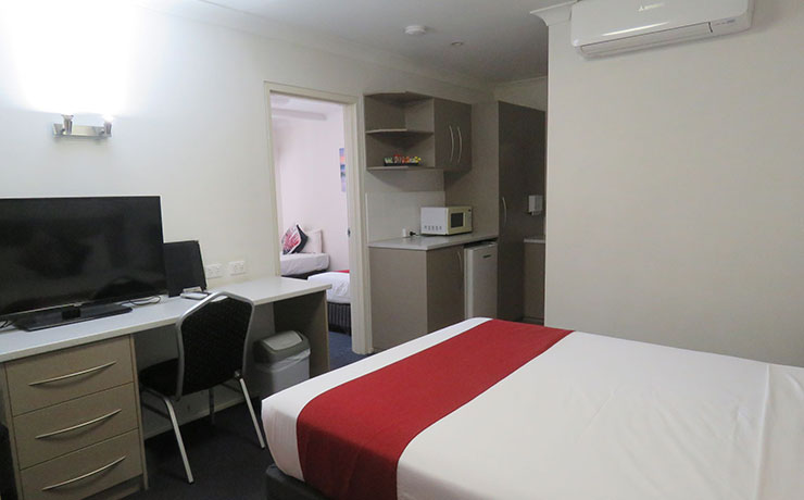 Mt Isa Motel Family Room