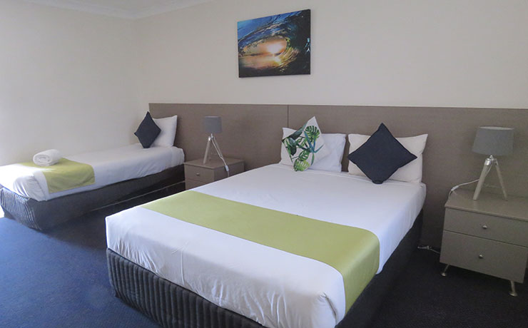 Burk & Wills Mt Isa Twin Room